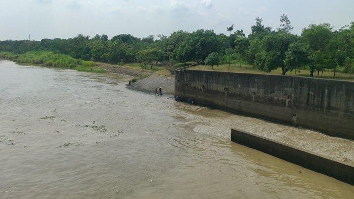 Sungai Cimanuk Bendung Rentang Majalengka Dikeringkan, Ini Tujuannya