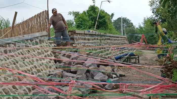 Jelang Musim Hujan, Masih Banyak Tanggul Kritis di Indramayu yang Belum Diperbaiki