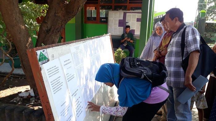 200 Pendaftar PPDB di SMPN 1 Sumber Cirebon Tereliminasi Karena Ini