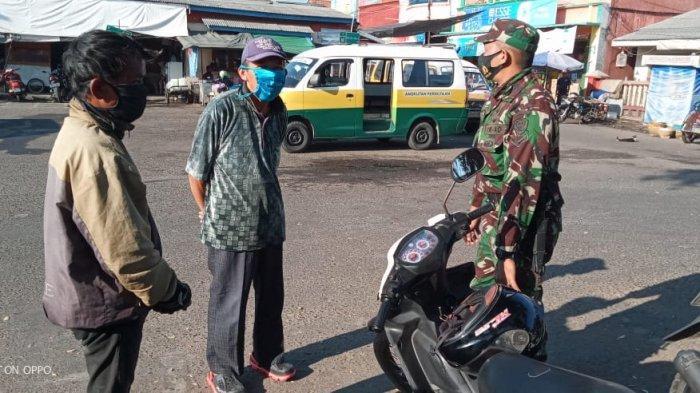 Prajurit Kodim 0617 Majalengka Rutin Turun ke Jalan, Edukasi Masyarakat Soal Protokol Kesehatan