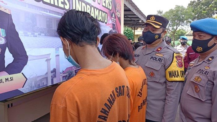 Dua Preman Kampung di Indramayu Ini Todongkan Senjata Tajam Minta Rokok, Kabur Saat Korban Teriak