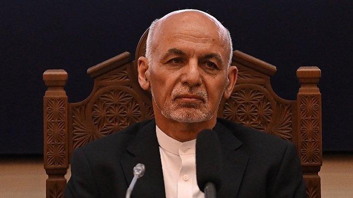 Presiden Afganistan Kabur dengan 4 Mobil dan Helikopter Penuh Uang hingga Tercecer, Ini Faktanya