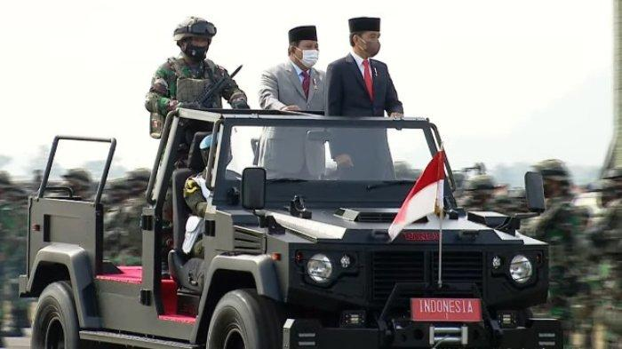Presiden Jokowi Naik Jip Bareng Menhan Prabowo Periksa Pasukan Komcad, Ini Jenderal yang Turut Hadir
