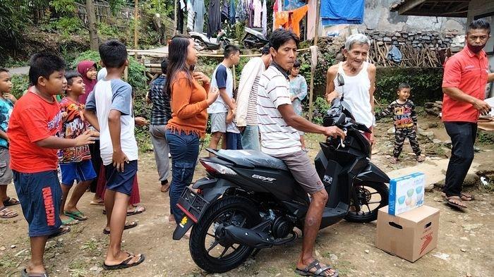 Selain Sawer Ada Budaya Gilas Telur Saat Punya Motor Baru, Berikut Penjelasan Warga Desa Miliarder