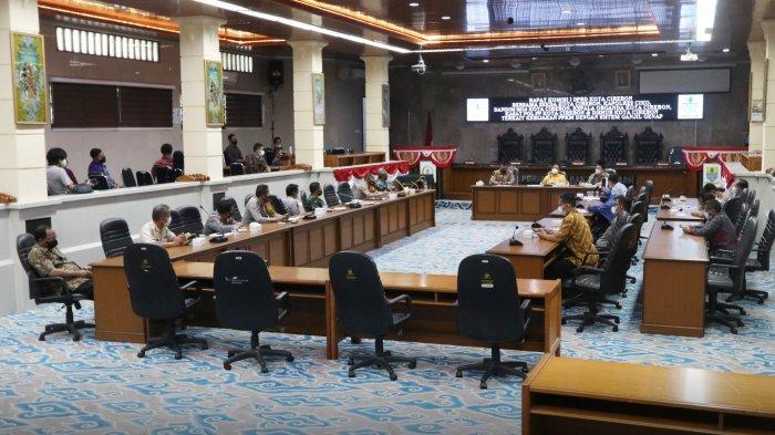 Komisi I DPRD Kota Cirebon Usul Sistem Ganjil Genap Tak Berlaku untuk Motor, Wali Kota Jawab Begini