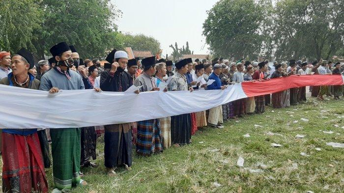 Menjelang Penobatan Sultan Sepuh XV, Ratusan Santri Datangi Alun-alun Kasepuhan Cirebon