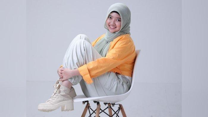 KENALKAN Rhaisya Putri, Penyanyi Cantik Asal Cirebon, Berkarya di Tengah Pandemi Covid-19