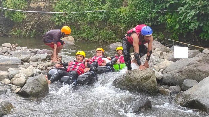Dulu, Sungai Ciputri Penuh Sampah, Kini Disulap Jadi Objek Wisata River Tubing