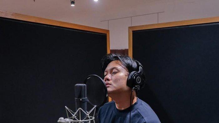 Rizky Febian Luncurkan Lagu Baru 'Hingga Tua Bersama', Putra Sule Itu Langsung Trending di YouTube