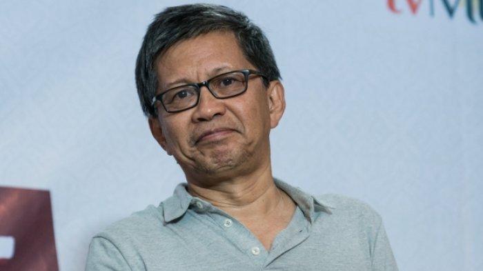 Rocky Gerung Lempar Komentar Pedas Untuk Pentas Drama Tiga Menteri di Depan Jokowi: Opera Van Norak