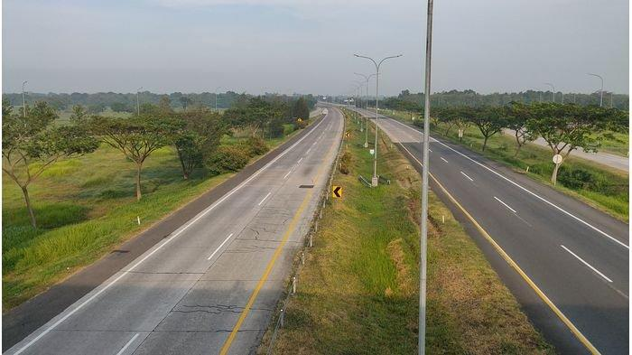 Pantauan di Ruas Tol Cipali KM 175 Sumberjaya Majalengka, Kamis (13/5/2021) pagi.