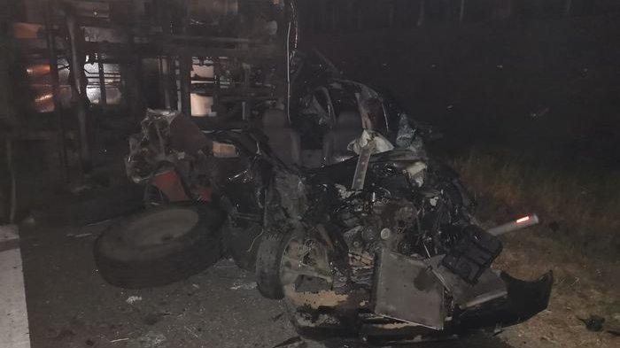 Satu Keluarga Tewas Usai Liburan Saat Kecelakaan Maut di Tol Cipali