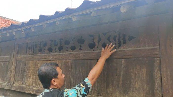 Rumah Adat Panjalin sebagai saksi bisu penyebaran agama Islam di Majalengka yang berada di Desa Panjalin Kidul, Kecamatan Sumberjaya, Kabupaten Majalengka.