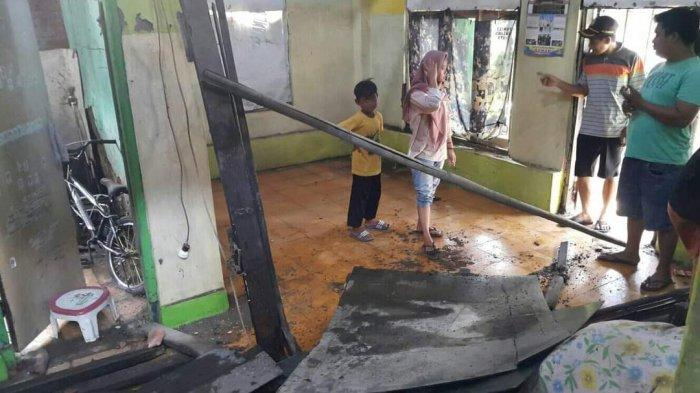 Kabar Gembira untuk Kakak Beradik Yatim di Indramayu, Rumah Mereka Akan Diperbaiki Donatur
