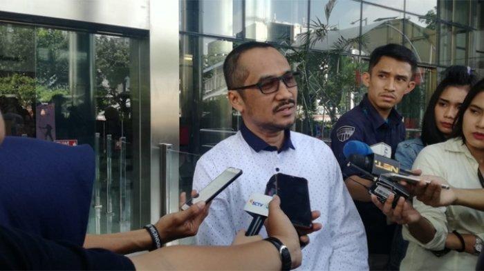KPK Tak Kunjung Geledah Kantor DPP PDIP, Mantan Ketua KPK Abraham Samad Beri Kritikan Pedas