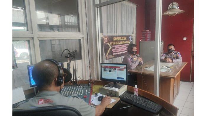 Lewat Radio Satlantas Polres Majalengka Sosialisasikan Operasi Keselamatan Lodaya 2021 ke Masyarakat
