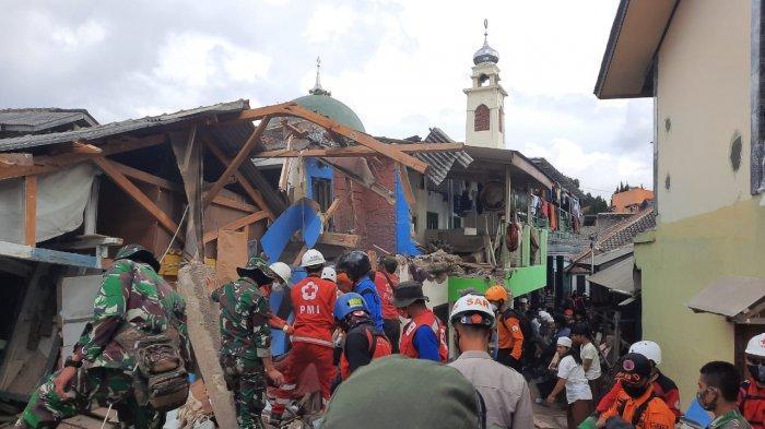Bangunan pondok pesantren Al Mudaaroh di Kampung Loji, Desa Batulawang, Kecamatan Cipanas, Kabupaten Cianjur, Sabtu (16/1/2021)sekitar pukul 18.25 WIB.