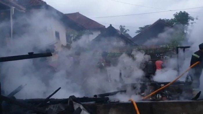 Korban Dua Rumah Terbakar Mendapat Banyak Bantuan, Mulai dari BPBD, Baznas dan Ormas