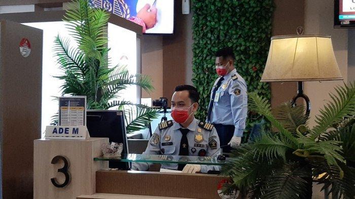 Imbas Pandemi Covid-19, Seluruh Pelayanan Kantor Imigrasi Cirebon Dibatasi 50 Persen