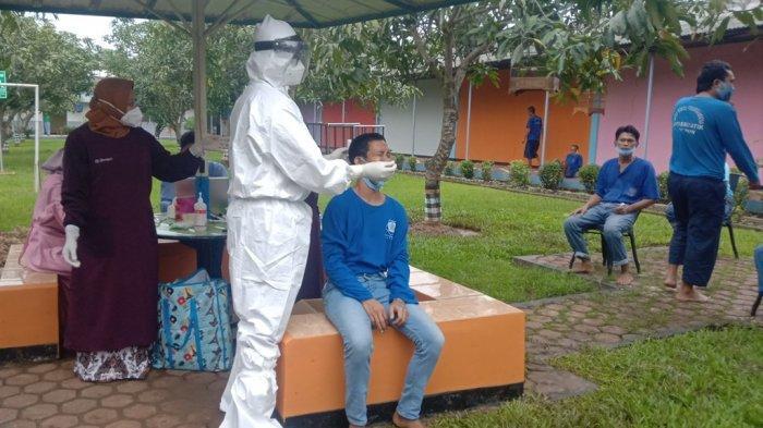 Warga Binaan dan Petugas Lapasustik Kelas IIA Cirebon yang Terpapar Covid-19 Mendapat Kiriman Obat
