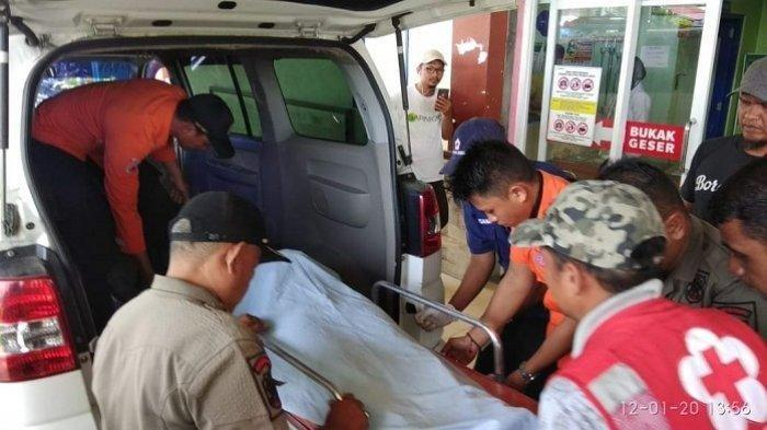 Seorang Ibu Tewas Terseret Ombak Setelah Hendak Selamatkan 4 Anaknya di Pantai Pariaman Padang