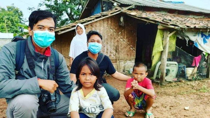 Sinta Bocah yang Rawat Ibu ODGJ di Indramayu Senang Bisa Sekolah Terus Bertanya Kapan Berangkat