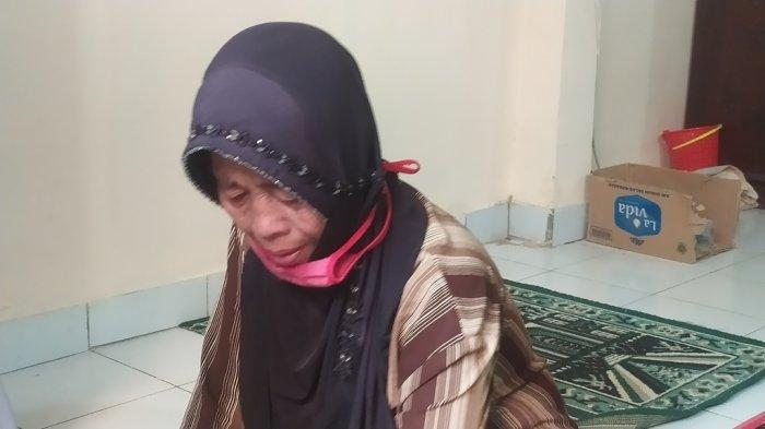 Lansia di Sukabumi Menangis Lantaran Gagal Disuntik Vaksin Covid-19, Ternyata Ini Penyebabnya