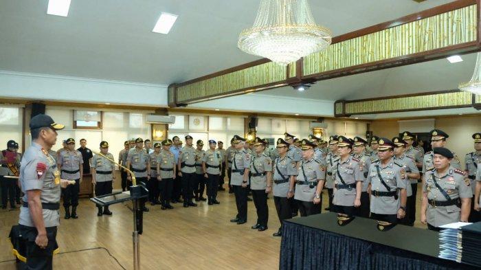 Kombes Ulung Sampurna Jaya Jadi Kapolrestabes Bandung, AKBP Roland Ronaldy Dimutasi ke Polres Bogor