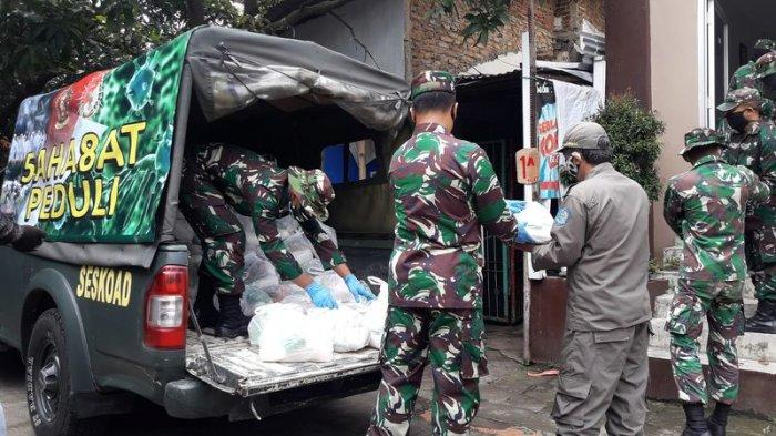 Pasis Seskoad Bagikan 300 Kebutuhan Harian Kepada Masyarakat Terdampak Pandemi Covid 19