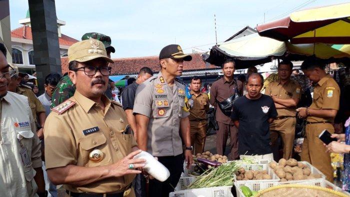 Pemkab Cirebon Lakukan Hal Ini Selama Penutupan Sementara Pasar Sumber