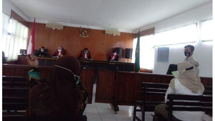 BREAKING NEWS: Ketua PN, 2 Hakim dan 5 Pegawai Positif Covid-19, PN Majalengka Langsung Lockdown