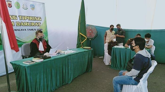 Hari Ke-2 Sidang Pelanggar PPKM Darurat di Kota Tasik, Hakim Beri Vonis Denda Total Capai Rp 26 Juta