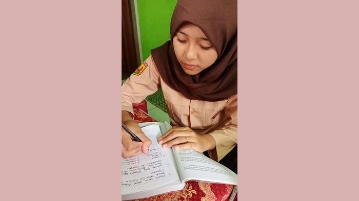 Siswa di Purwakarta Wajib Pakai Seragam saat Belajar Online, Ini Alasannya