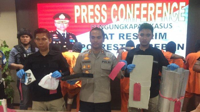 Polisi Hadiahi Timah Panas Kepada Para Spesialis Pembobolan Minimarket di Cirebon
