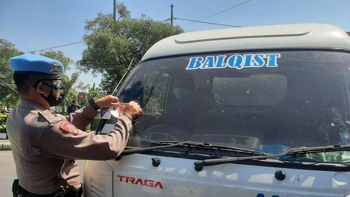 Jangan Coba-coba Masuk ke Kota Cirebon JikaTak Penuhi Syarat, Ini 300-an Kendaraan Diputar Balik