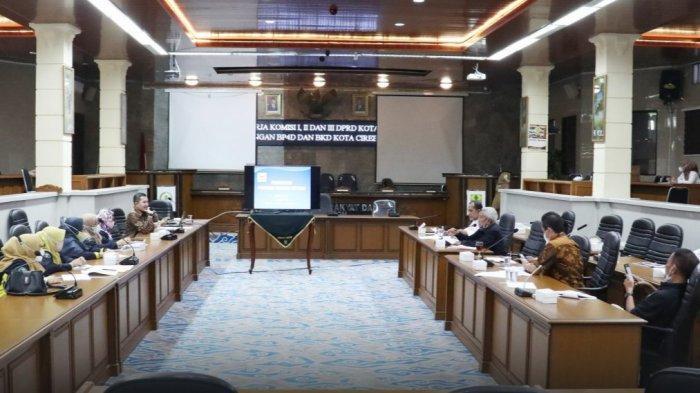 Atasi Permasalahan Perumda Farmasi, Komisi II DPRD Kota Cirebon Beri Saran Ini