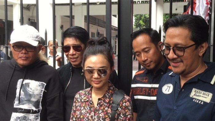 Jenguk Nunung di Penjara, Sule Malah Ngelawak & Mau Bawakan Sayur Lodeh untuk Nunung