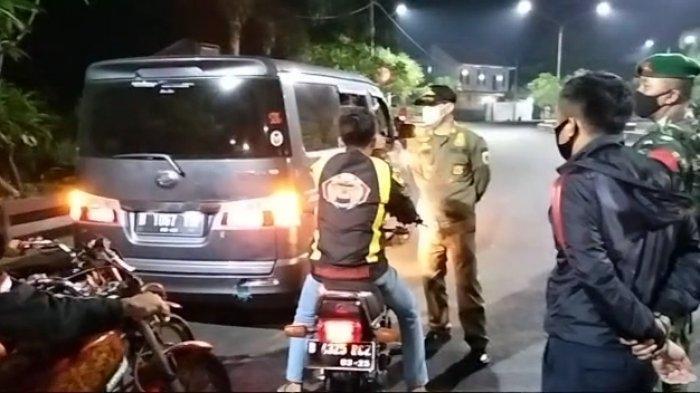 Sopir Bus di Kuningan Sweeping Travel Gelap Minta Petugas Adil, Polisi Sita STNK Mobil Travel Gelap