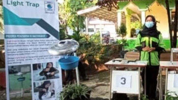 Tari Mulyanah Siswi Cerdas Asal Subang Ciptakan Light Trap, Alatnya Sederhana Tapi Sangat Bermanfaat
