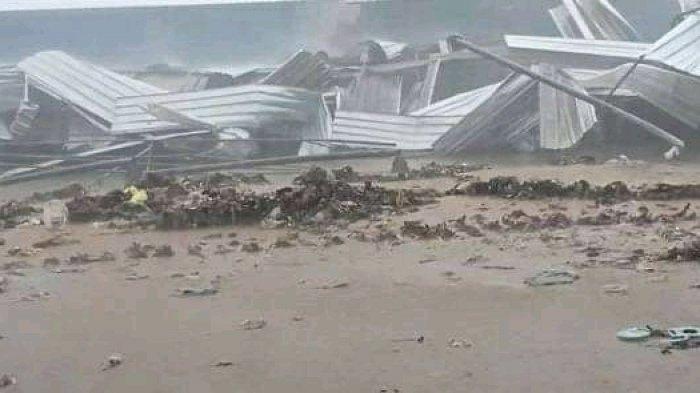 TPA Sarimukti Bandung Barat Dilanda Angin Puting Beliung, Satu Korban Tewas Tertimbun Reruntuhan