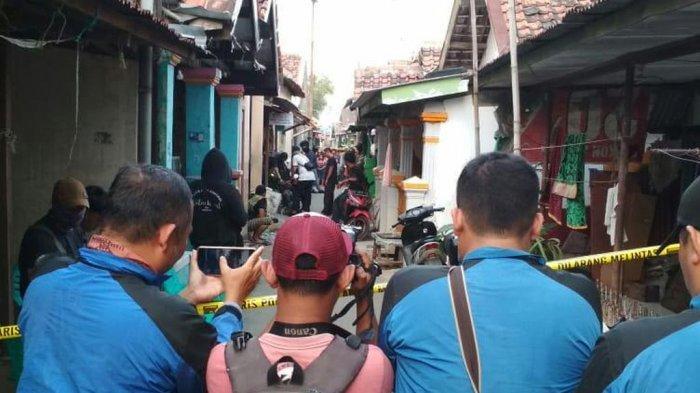 Terduga Teroris Kembali Ditangkap di Pegambiran Kota Cirebon, Sejumlah Barang Bukti Ditemukan