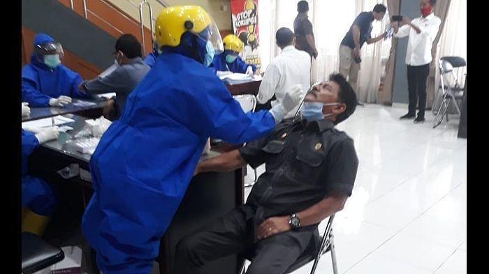 Total Rapid Test  Antigen Anggota dan Staf DPRD Kuningan Hanya Diikuti 78 Orang