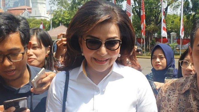 BUPATI Cantik Tetty Paruntu Dipanggil Bukan Jadi Menteri, Terungkap Kepentingan Datang Ke Istana