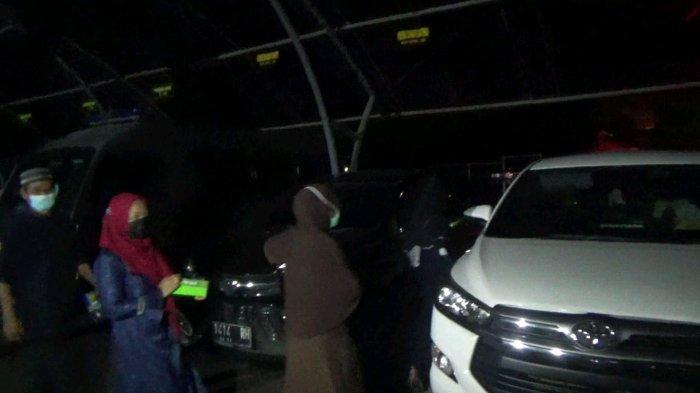 3 Kakak Tuti Suhartini Diperiksa Polisi Subang Selama 6 Jam, Kasus Tewasnya Ibu & Anak Masih Misteri