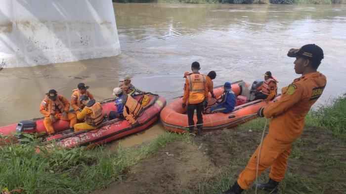 Hari ke-7, Elang, Bocah yang Tenggelam di Sungai Cimanuk Belum Ditemukan, Tim SAR Bilang Begini