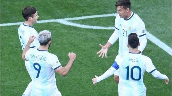 VIDEO- Operan ajaib Lionel Messi Yang Manjakan Aguero untuk Cetak Gol