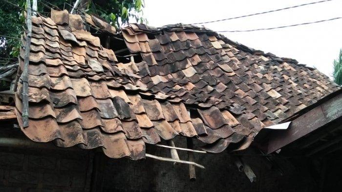 Memprihatinkan Rumah Mak Icih di Cianjur Nyaris Ambruk Kalau Hujan Bocor Dimana-mana