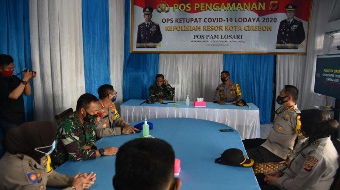 Kapolda Jabar dan Pangdam III Siliwangi Tinjau Pos Pengamanan Losari Cirebon