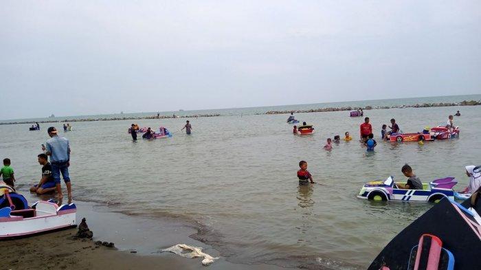 Pesona Pantai Tirtamaya Indramayu, Cocok Untuk Piknik dan Liburan Bareng Keluarga