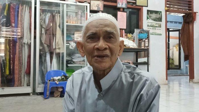 Tokoh Sesepuh Kampung Arab Indramayu, Abdurrahman Bin Muhdor bin Abdurrahman bin Muhammad Assegaf, Jumat (5/2/2021).